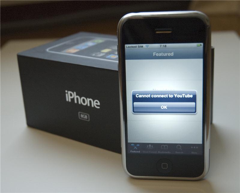 iPhone 2007 review: YouTube-filmpjes bekijken