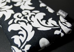Fabrix Cases Black Wallpaper
