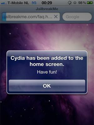 Jailbreakme.com - Cydia geïnstalleerd op de iPhone 4