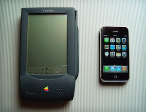 newton-vs-iphone