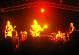 Band Moe speelt live op iPad