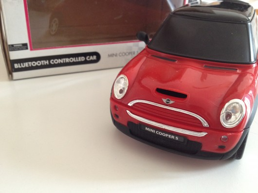 Mini Cooper op afstand te besturen met de iPhone