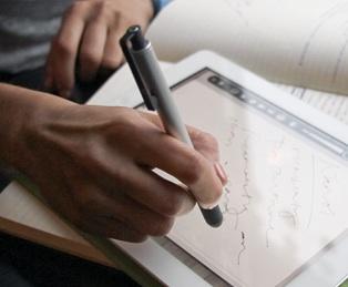 lunatik pen hand