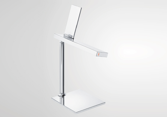 D'E Light Table Lamp iPad