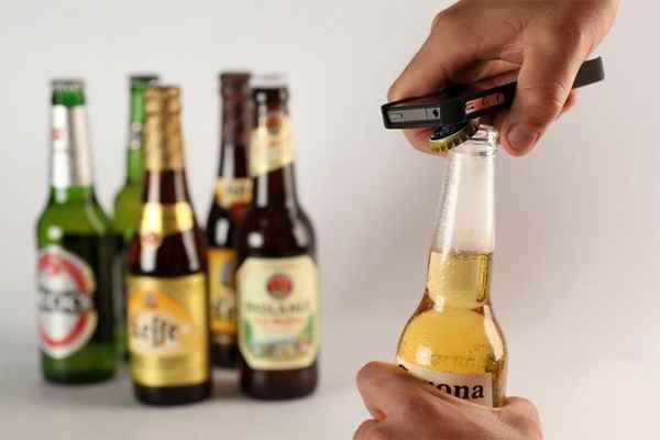 Intoxicase is bieropener voor je iPhone die meteen bijhoudt hoeveel je drinkt