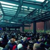 Flauwvallende mensen bij iPhone 5-verkoopchaos Oberhausen