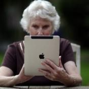 Ouderen wonen langer zelfstandig dankzij iPad