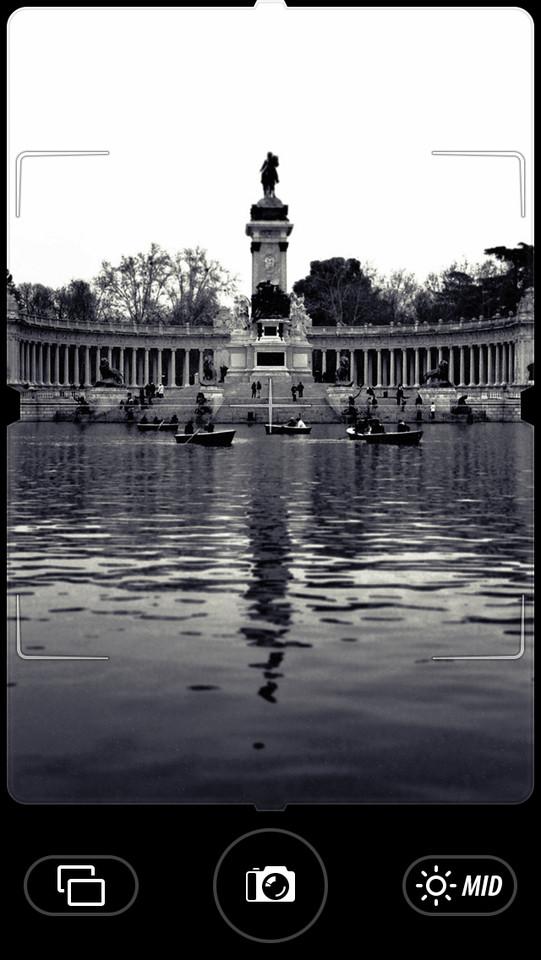 Camera Noir voorbeeldfoto water