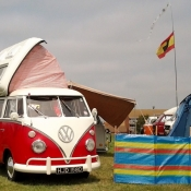 VW Camper kamperen met iPhone iPad