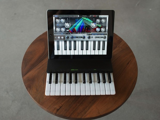 C.24 keyboard iPad