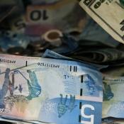 Valuta omrekenen en andere vakantie berekeningen apps iPhone iPad
