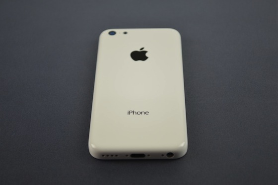 iPhone 5C achterkant schuin