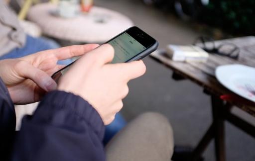 iPhone op terrasje
