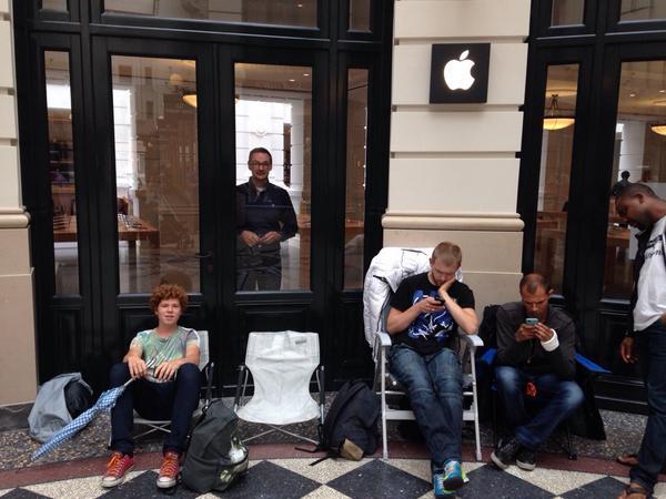 Apple Store eerste wachtenden