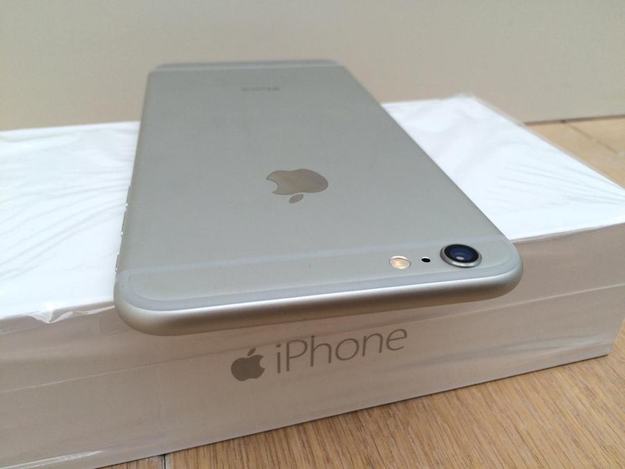 iphone-6-plus-bovenkant-op-doos
