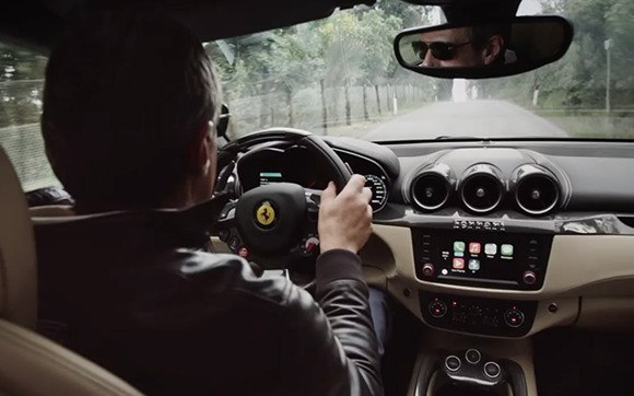 ferrari ff carplay