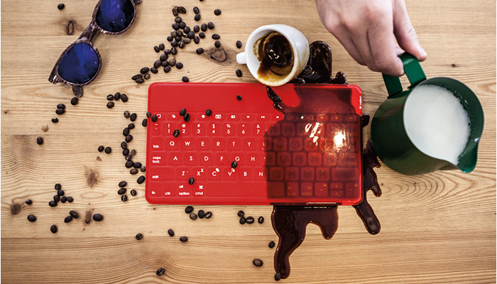 Logitech Keys-To-Go keyboard iPad koffie