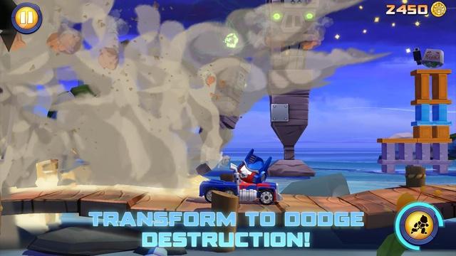Angry Birds Transformers puin ontwijken