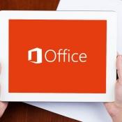office-ipad-microsoft-handen