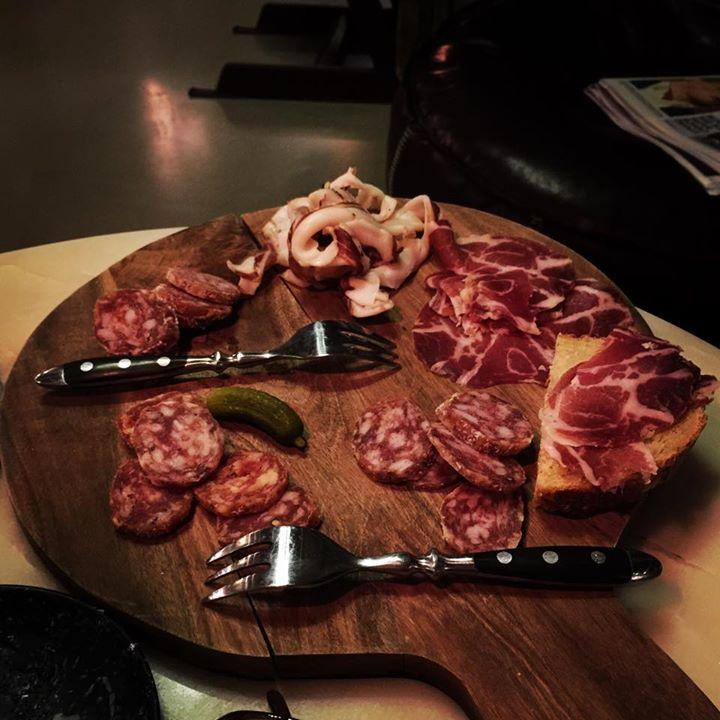 vleeswarenplankje 1