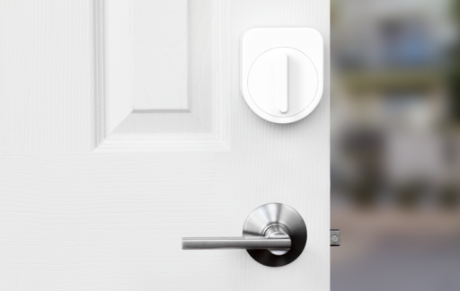 Sesame deadbolt deur