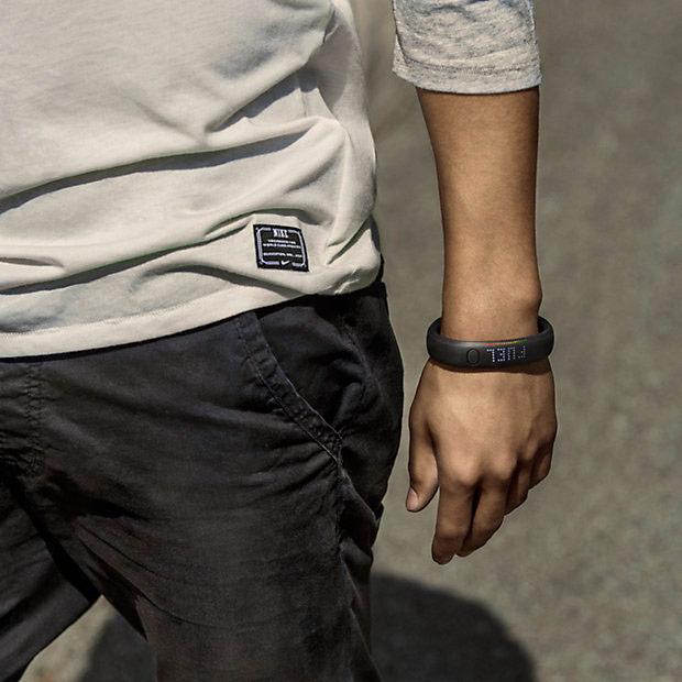nike-fuelband-arm