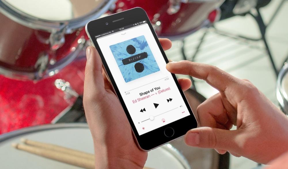 De Muziek-app op de iPhone.