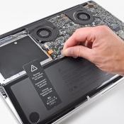 Controleren hoe vaak de accu van een MacBook is opgeladen