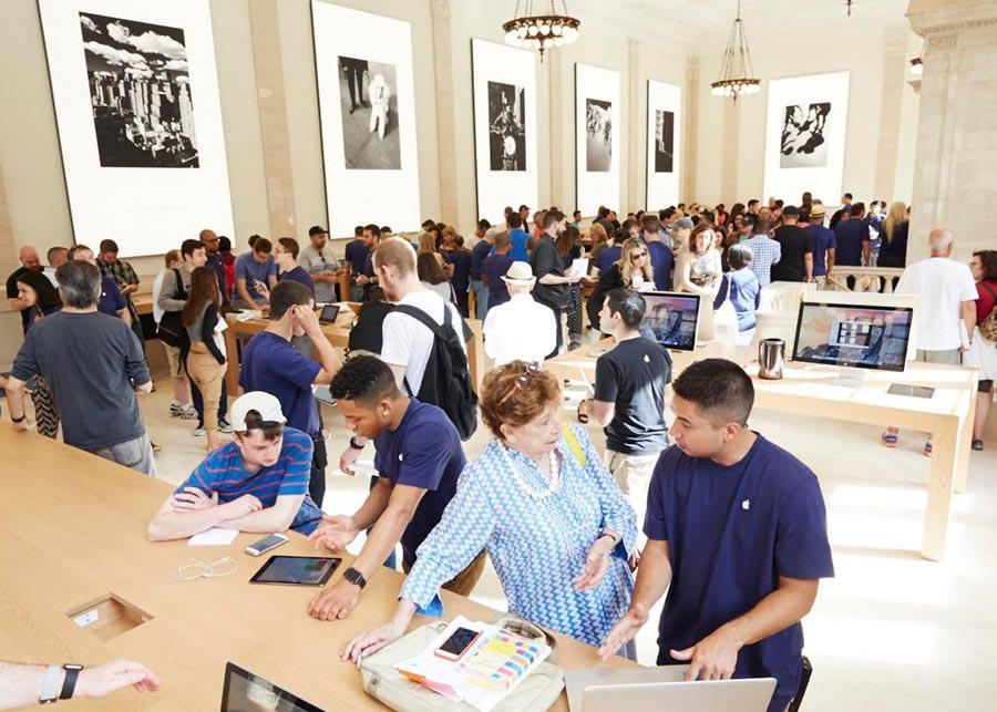 apple-ny-upper-east-side-interior