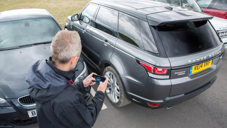 range-rover-sport-inparkeren