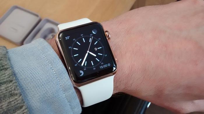 apple-watch-gold-passen
