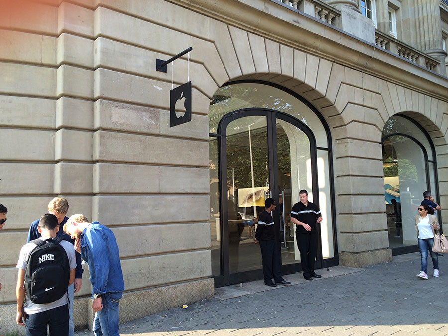 apple-watch-apple-store-amsterdam