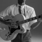 Drie nieuwe reclamespots voor Apple Music, met James Bay en Kygo