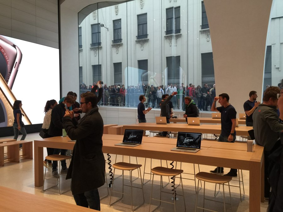 apple-store-brussel-14