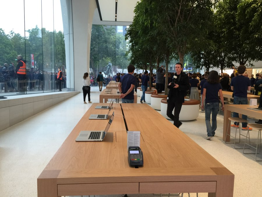 apple-store-brussel-13