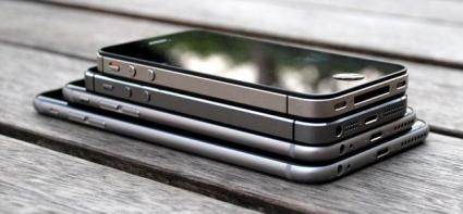 Stapel iPhones.