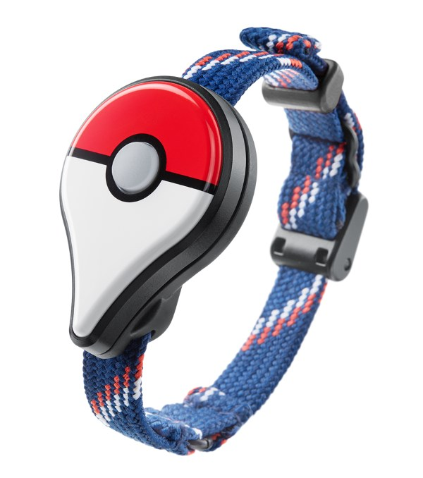 Nintendos-Pokemon-GO-Plus-wearable