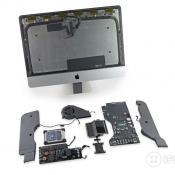 Teardown van de nieuwe iMac met losse onderdelen.