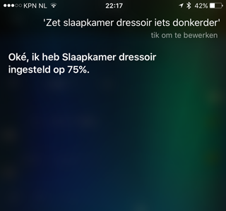Philips Hue met Siri, lamp donkerder zetten