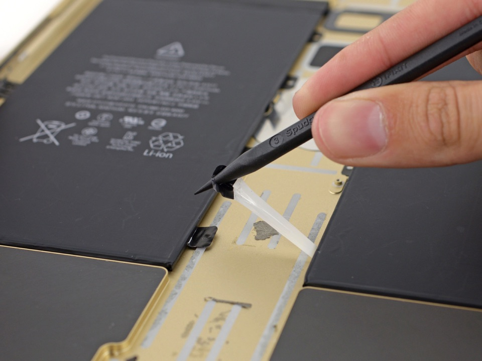Teardown iPad Pro met batterij.