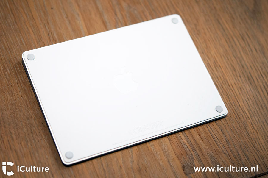 Magic Trackpad 2 review: trackpad aan de onderkant gezien