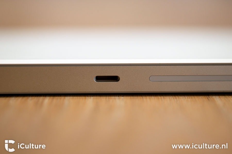 Magic Trackpad 2 review: aansluiting voor Lightning-kabel
