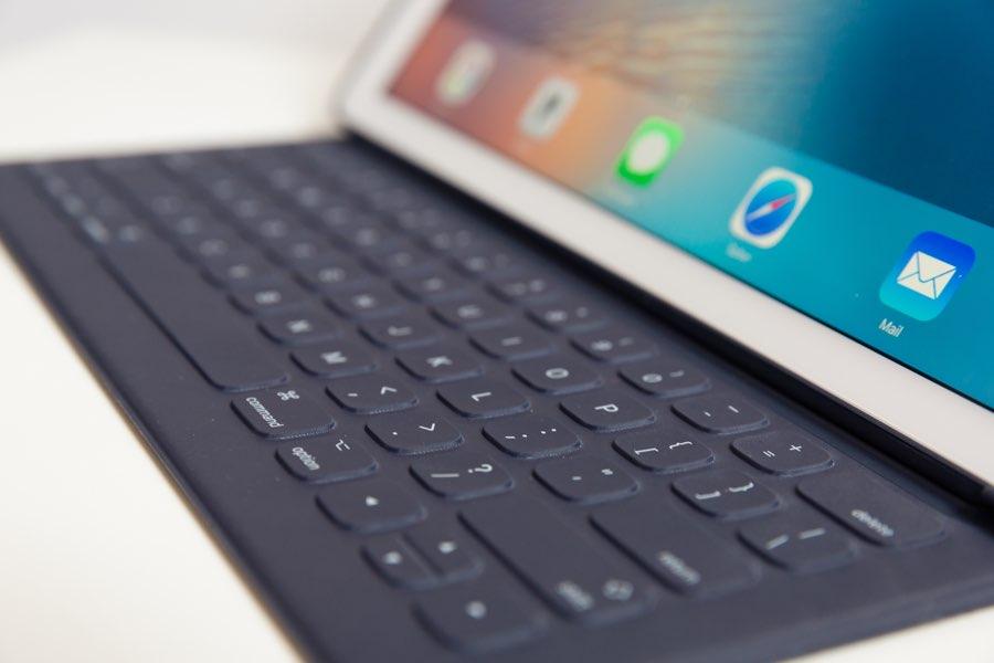Smart Keyboard van de zijkant gezien
