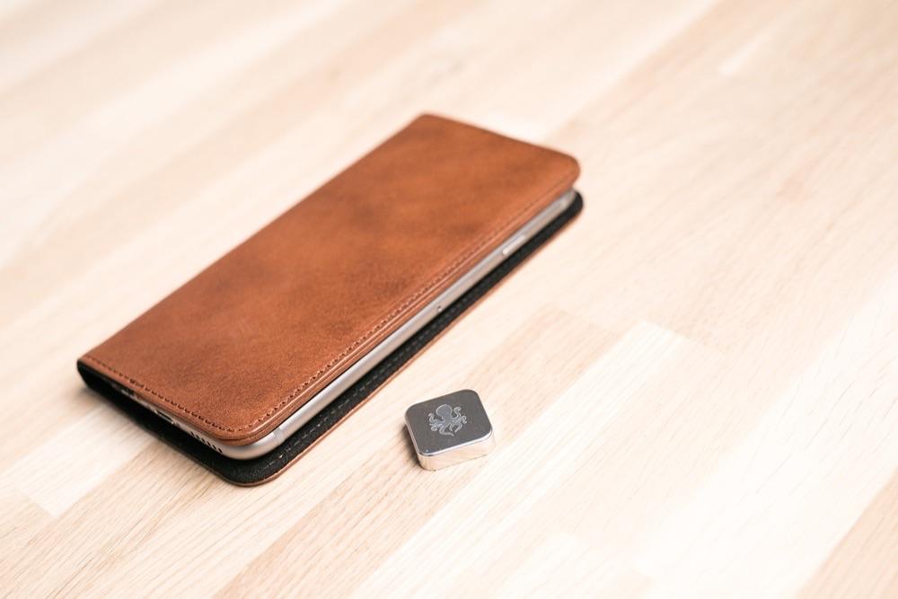Access Case met Micro Dock voor bevestiging.