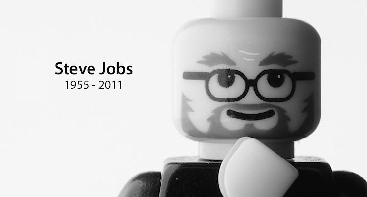 Famous-Brick-Steve-Jobs