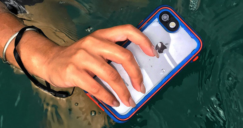 Catalyst waterproof iPhone-case