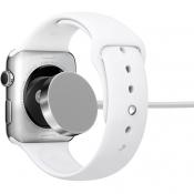 Dit oplaaddoosje laadt niet alleen je Apple Watch draadloos op