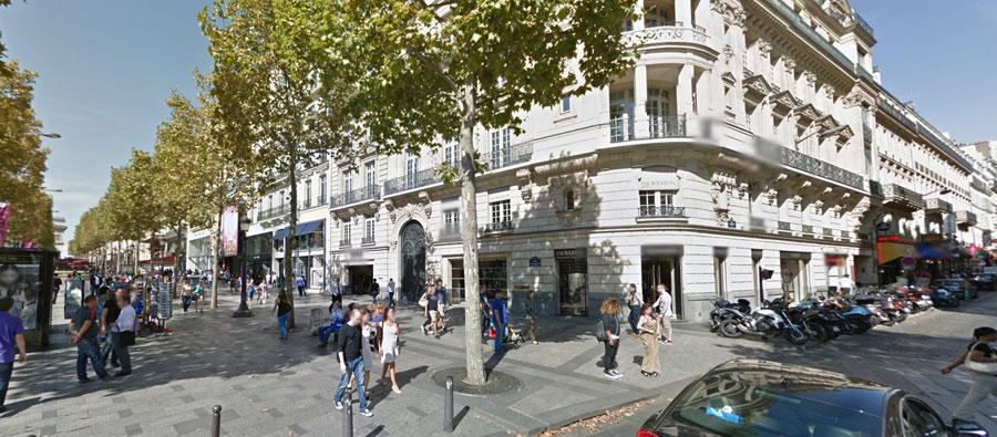 Apple Store Champs-Élysées in Parijs.