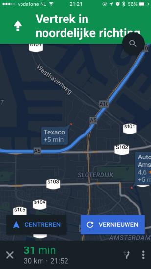 Kies een tussentijdse locatie om naar te navigeren in Google Maps, zoals een tankstation.