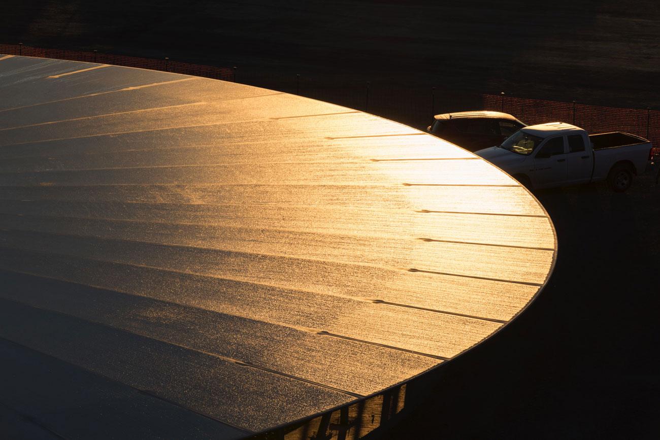Apple Campus 2, gouden gloed over het dak